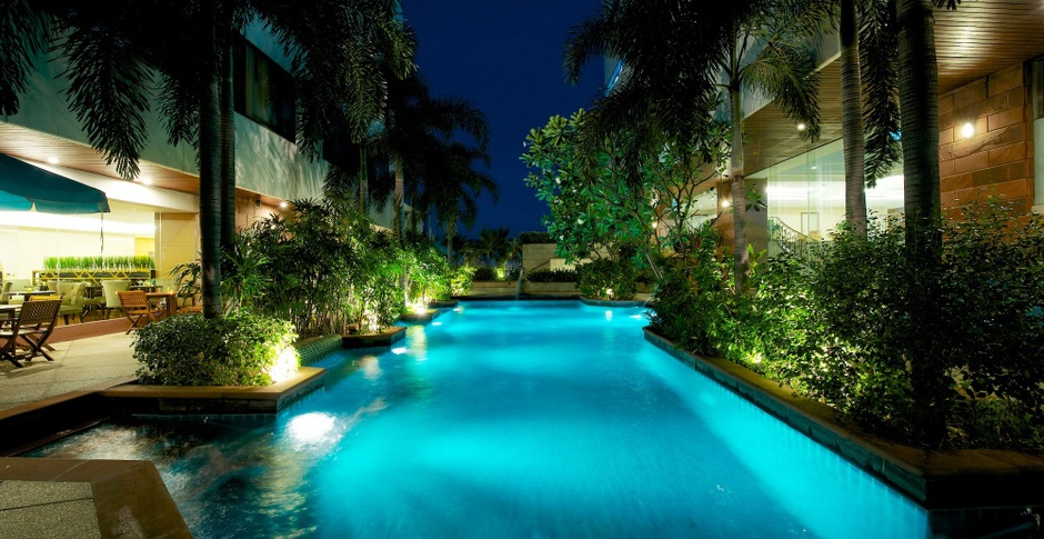 RESORT STYLE SWIMMING POOL Jasmine City Hotel en Bangkok
